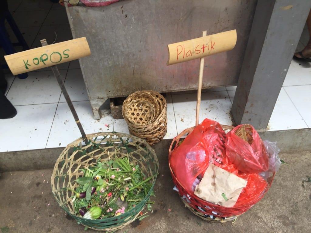 sorting organic and plastic materials