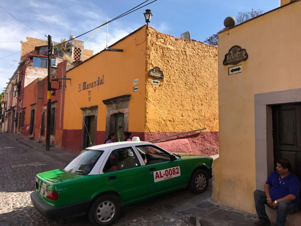 Taxi in San Miguel de Allende