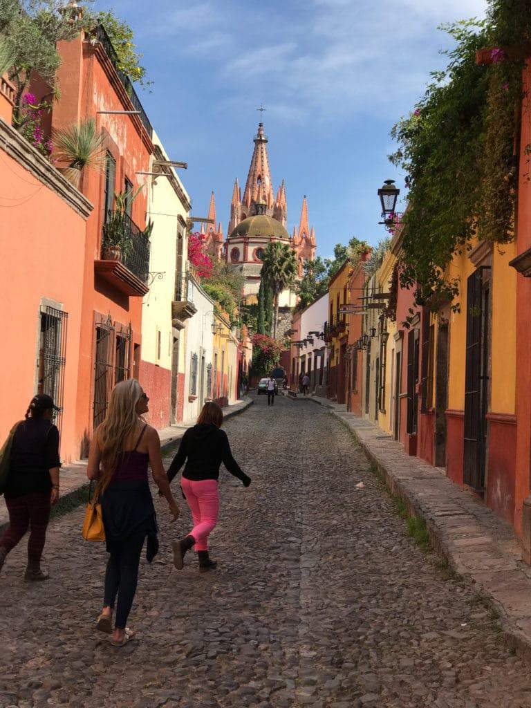 San Miguel de Allende streetscape
