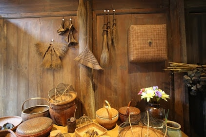 Baskets and brooms of traditional China